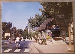 LA BAULE  (44). LA PLACE DES LILAS . ANNEES 1970-80.TBE - La Baule-Escoublac