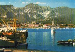 MARINA DI CARRARA - Il Porto E Sullo Sfondo Alpi Apuane - Carrara