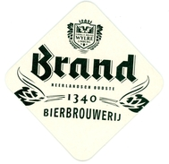 Brand. Nederlandsch Oudste. 1340. Bierbrouwerij. Firma F. Brand. Wylre. Limburg. - Bierviltjes