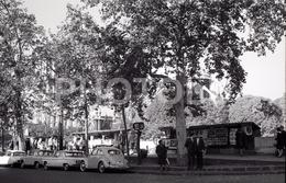 1963 QUAI DE MONTEBELLO PARIS FRANCE 35mm  AMATEUR NEGATIVE NOT PHOTO NEGATIVO NO FOTO CHEVROLET CORVAIR VW BEETLE KAFER - Other
