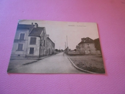 204 - CPA, LESIGNY , Le Rond-Point - Lesigny