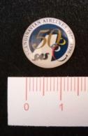 """06788 """"SAS SCANDINAVIAN AIRLINES - 1946 1996 CINQUANTESIMO ANNIVERSARIO - DISTINTIVO IN METALLO E SMALTI"""" ORIGINALE - Trasporti"""