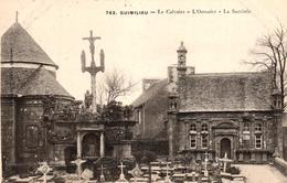 GUIMILIAU -29- LE CALVAIRE L'OSSUAIRE LA SACRISTIE - Guimiliau