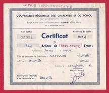 Certificat De Deux Actions De Trois Cents Francs De La Coopérative Régionale Des Charentes Et Du Poitou à Saintes - Agriculture
