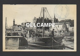 DF / 30 GARD / LE GRAU-DU-ROI / UN COIN DU CANAL VERS L'EGLISE / ANIMÉE / CIRCULÉE EN 1952 - Le Grau-du-Roi