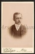 Cabinet Card / Photo De Cabinet / Kabinet Foto / W / Homme / Man / Photo L. H. Zeyen / Liège - Ancianas (antes De 1900)