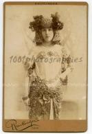 Cabinet Portrait Reutlinger Photographie, Paris. Portrait D'une Actrice, Emilienne D'Alençon Annotation - Photos