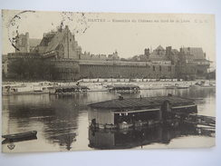 CPA 44 - NANTES - NANTES - ENSEMBLE DU CHATEAU AU BORD DE LA LOIRE -  BATEAU LAVOIR - R193 - Nantes