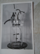 D149371  Old Photo  Chemistry Chimie - Laboratory Fermenter ?  Real Photo Ca 1950's - Photographie