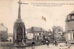 V8083 Cpa 08 Le Chesne - Croix Commémorative Du Chesne - Non Classés