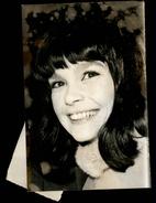 PHOTO - Photo De Presse - Acteurs - GENEVIEVE BUGOLD - Actrice - 1974 - - Célébrités