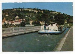 """AGEN--Le Canal Du Midi Dominé Par Le Coteau (Belle Péniche""""FLANDRES"""" Bordeaux ,beau Plan).......... à Saisir - Agen"""