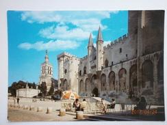 Postcard Avignon Vaucluse Le Palais Des Papes My Ref B21185 - Avignon