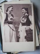Kroatië Croatia ? Nice Women In Traditional Dress - Kroatië