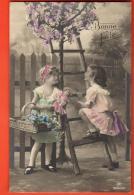 IBR-29 Fillettes  Au Jardin, Fleurs. Bonne Fête. Circulé Sous Enveloppe - Scènes & Paysages