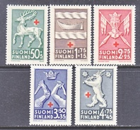 FINLAND  B 49-53  *  ARMS  RED  CROSS - Unused Stamps
