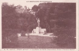 Carte 1920 PONT AVEN / LA STATUE DU BARDE CHANSONNIER BRETON THEODORE BOTREL - Pont Aven