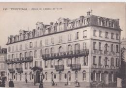 Carte 1910 TROUVILLE / PLACE DE L'HOTEL DE VILLE (grand Hôtel Bellevue) - Trouville
