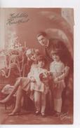 Cpa.Voeux.1926.Gelukkig Kerstfeest.couple Et Enfants Devant Un Sapin De Noël - Navidad