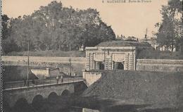 CARTE POSTALE ORIGINALE ANCIENNE : MAUBEUGE PORTE DE FRANCE ANIMEE NORD (59) - Maubeuge