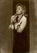 PHOTO - Photo De Presse - Chanteur - NICOLE CROISILLE - Chanteuse - 1974 - Célébrités