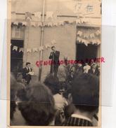 87 -SAINT JUNIEN- PHOTO ORIGINALE - JEAN CLAUDE VERGNAUD A L' HARMONICA DONNA L' ILLUSION D' UN ORCHESTRE COMPLET - Photographs