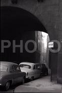 1963 RUE DE NEVERS PARIS FRANCE 35mm  AMATEUR NEGATIVE NOT PHOTO NEGATIVO NO FOTO SIMCA ARONDE - Other