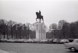 1963 TROCADERO PARIS FRANCE 35mm  AMATEUR NEGATIVE NOT PHOTO NEGATIVO NO FOTO RENAULT FLORIDE PORSCHE 356 - Other