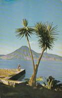 Guatemala Lago y Volcan de Atitlan