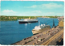 SCH-709   STOCKHOLM : With 2 Passengerships - Steamers