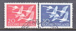 FINLAND  343-4   (o)   WHOOPER  SWANS - Finland