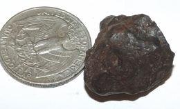 9 Gram NWA METEORITE From The Sahara Desert (#G1636) - Meteoriti