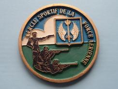 CERCLE SPORTIF DE LA FORCE AERIENNE ( 11,5 Cm. / Details - Zie Foto´s Voor En Achter ) !! - Army & War
