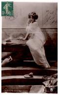 PHOTOGRAPHE , REUTLINGER , CHRYSIS Dans Aphrodite , 2239 - Other Photographers