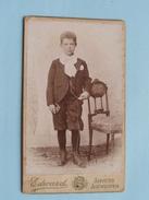 ENFANT - KIND - CHILD Jongen Ter COMMUNIE ( CDV Photo EDWARD Anvers ) Anno 19?? - Voir Photo Pour Details !! - Anonymous Persons