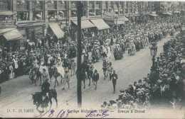 Bruxelles - Cortège Historique 1905 - Groupe à Cheval - Circulé - Dos Non Séparé - Animée - TBE - Fêtes, événements