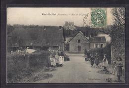 CPA 53 - PORT-BRILLET - Rue De L'Eglise - TB PLAN Petite Rue Avec TB ANIMATION CENTRE VILLAGE Dont Beaucoup D'enfants - France