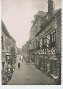 """PAIMPOL - Rue De L'Eglise (avec Pub Au Dos De La MAISON DE CONFECTION POUR HOMMES """" A La Ville De Paimpol """") - Paimpol"""