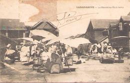 Tananarive Le Marche Au Riz à Isotry - Madagascar