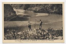 GORGES PITTORESQUES DU VERDON - LE CONFLUENT DE L' ARTUBY AVEC PERSONNAGES - Ed. A TARDY - CPA VOYAGEE - France