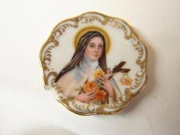 Rel. 1. Petite Assiette En Limoages Avec Sainte Thérèse De L'enfant Jésus
