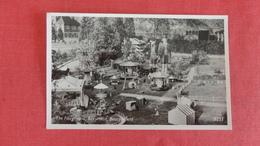 Children At The Fairground Bekonscot Beaconfield =ref 2559 - Enfants