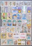 O 44 Db Klf Képes Bündli Műanyag Tálcán (~303.000)