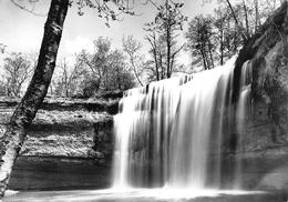 """25 - Les Cascades Du Hérisson - La Cascade Des Forges """" Le Gours Bleu """" - Autres Communes"""