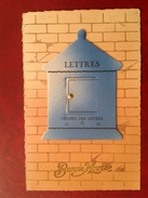 Boite Aux Lettres (avec Lettre Quand On Ouvre La Porte) - Postal Services