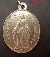 NM-139 Imposante Médaille   Ancienne .Monstra Te Esse Matrem Congrégation Des Enfants De Marie