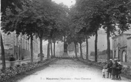 V8218 Cpa 53 Mayenne - Place Cheverus - Mayenne