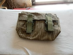 DDR - EAST GERMAN ARMY- WEBB GRENADE POUCH - Equipement