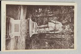 CAMBRAI (NORD), La Statue De Baptiste - Cambrai
