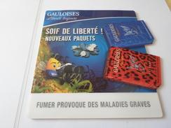 TAPIS A SOURIS PUB TABAC  GAULOISES SOIF DE LIBERTE   ****   RARE   A SAISIR ***** - Objets Publicitaires